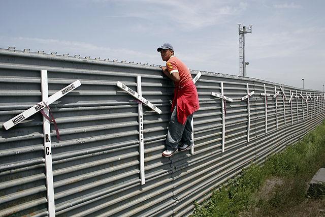 640px-Migrant