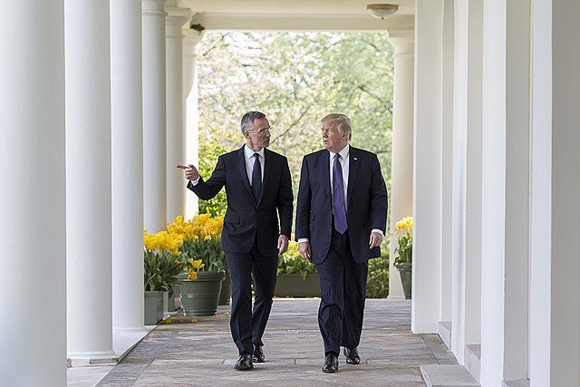 640px-President_Donald_Trump_&_NATO_Secretary_General_Jens_Stolenberg,_April_12,_2017_(02)