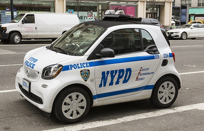 1024px-Police_vehicle_in_NYC