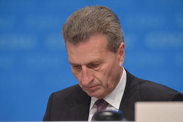640px-2015-12-14_Günther_Oettinger_Parteitag_der_CDU_Deutschlands_by_Olaf_Kosinsky_-1