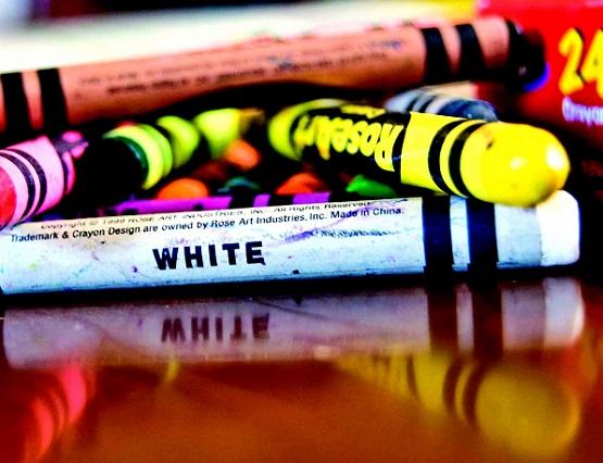 crayons_white_color_children_art-502593