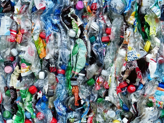 plastic_bottles_bottles_recycling_environmental_protection_circuit_garbage_plastic_pressed-1125480