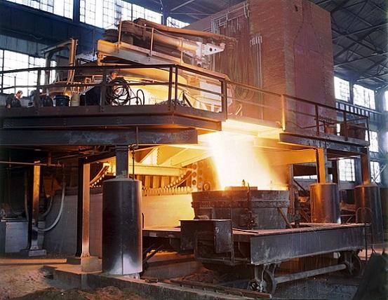 620px-Allegheny_Ludlum_steel_furnace