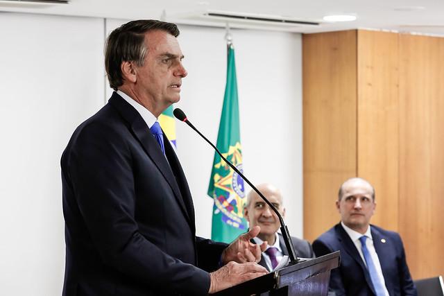 28/08/2019 Reunião com ministros, líder de Governo no Senado,