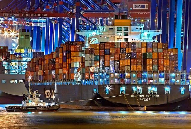 hamburg-port-of-hamburg-container-ship-germany