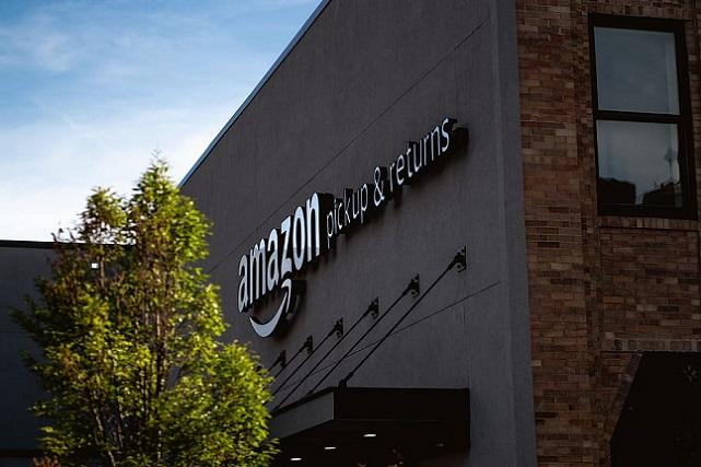 amazon-pickup-returns-building