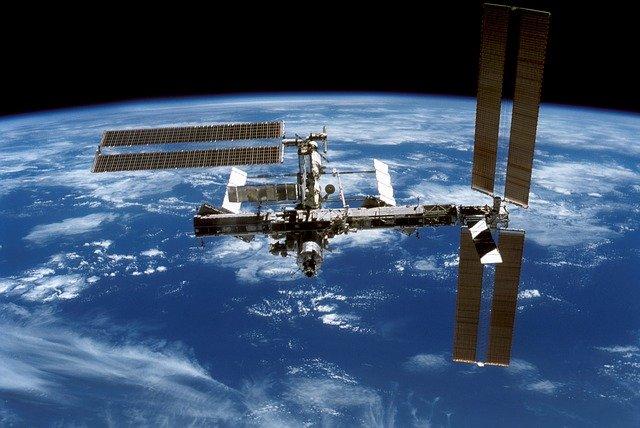 international-space-station-548331_640