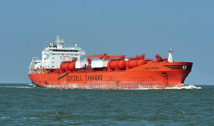 nautical-vessel-4113071_1280