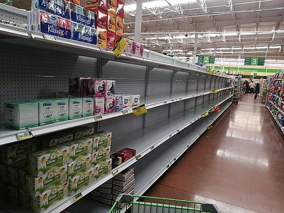 640px-Panic_buying_in_mexico_due_to_covid19