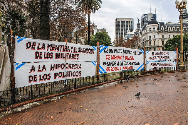 protest-in-argentina-907312_1280
