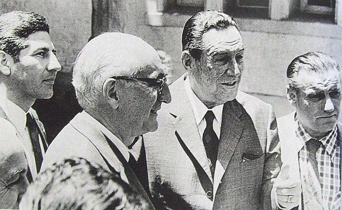 1024px-Juan_Domingo_Perón_con_Arturo_Frondizi
